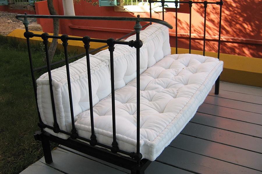 garden-sofa